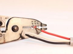 電気工事で資格があると便利なケース